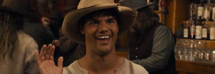 Taylor Lautner en 'The Ridiculous 6'