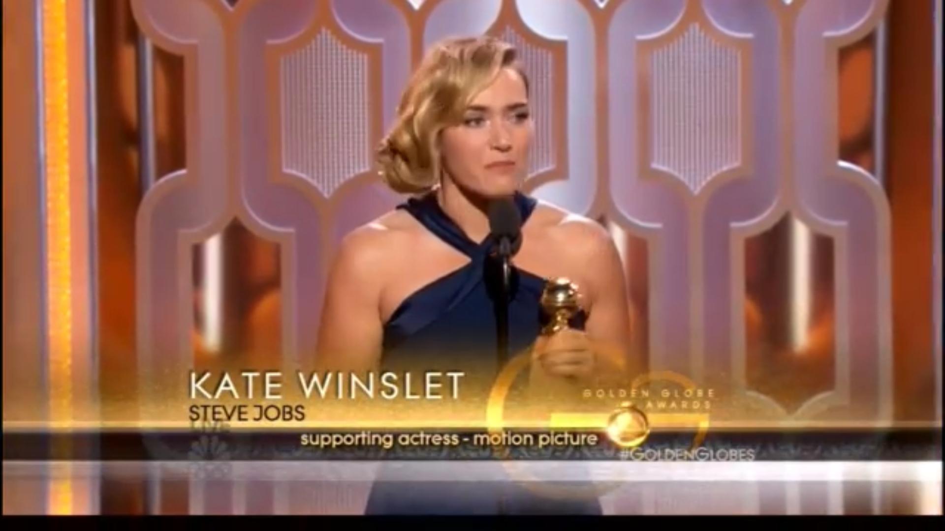 Una emocionada Kate Winslet con su Globo de Oro
