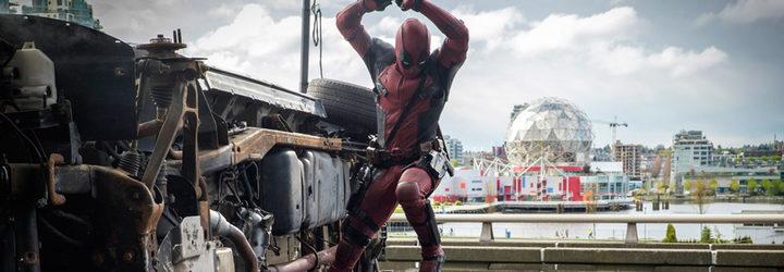Fotograma de Ryan Reynolds como Deadpool