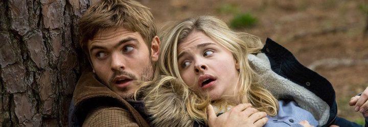 Los dos protagonistas de 'La quinta ola' viven una historia de amor en la primera entrega
