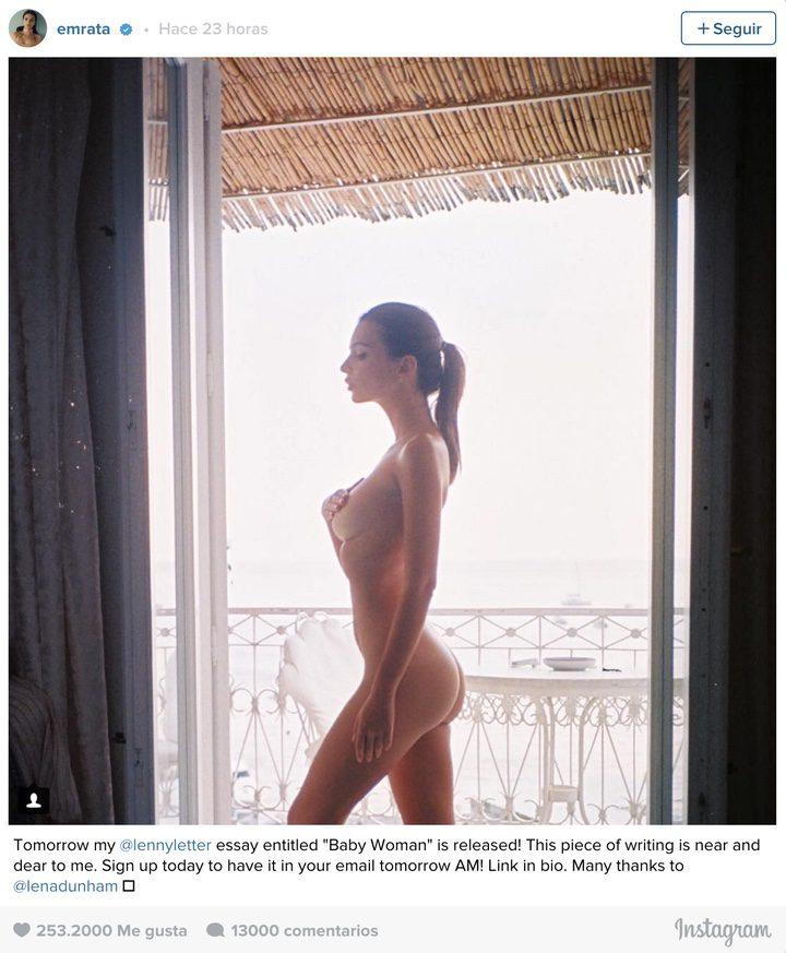 Emily Ratajkowsk desnuda