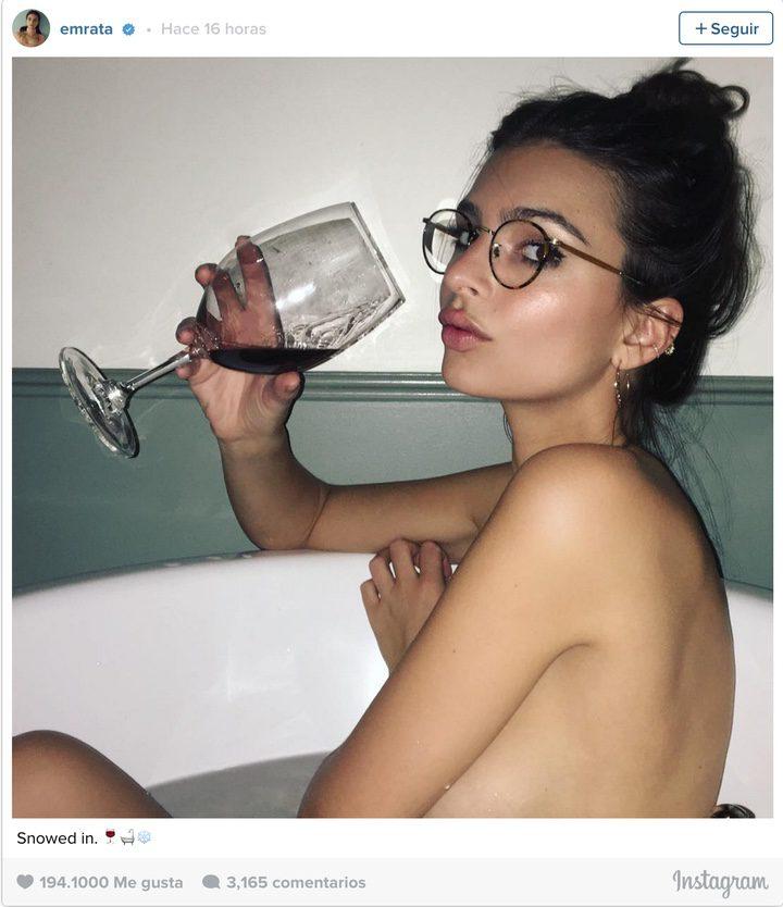Emily Ratajkowsk desnuda 2