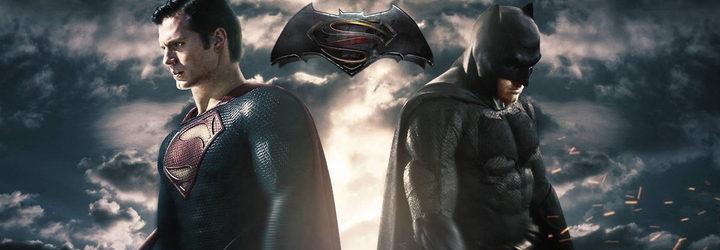 fotografía de un cartel de 'Batman V Superman: El amanecer de la justicia