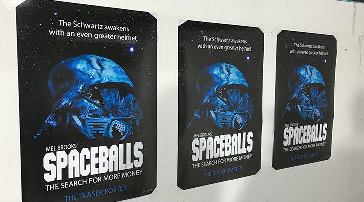 posters de Spaceballs en el metro
