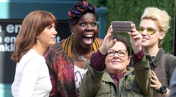 Las principales protagonistas de la cinta se hacen una selfie
