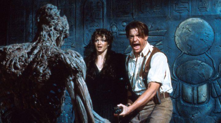 Weisz y Fraser en uno de los momentos de la anterior entrega de 'La momia'