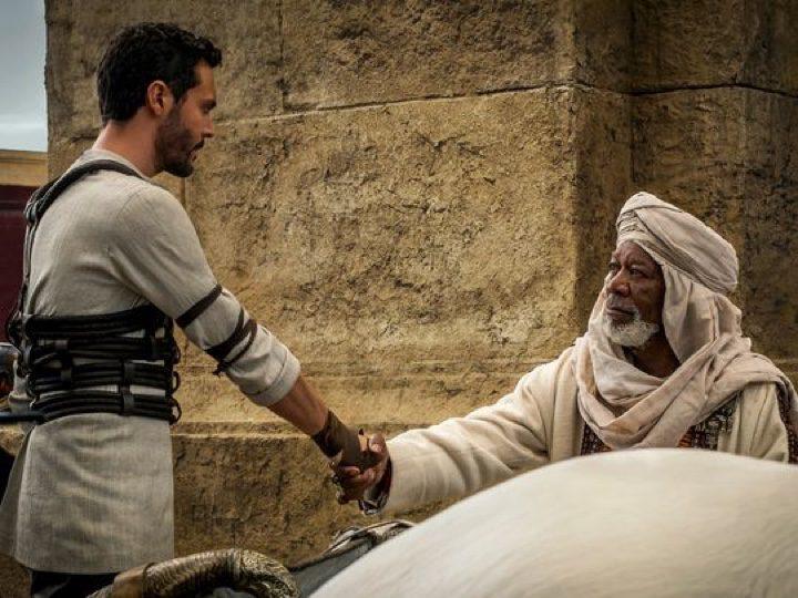 Huston y Freeman en una de las imágenes inéditas de 'Ben-Hur'