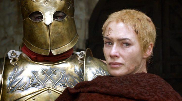 Cersei tras el paseo de la penitencia en la quinta temporada
