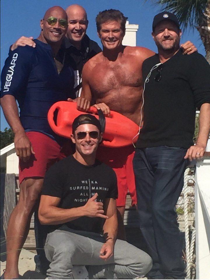 grupo rodaje 'Los vigilantes de la playa