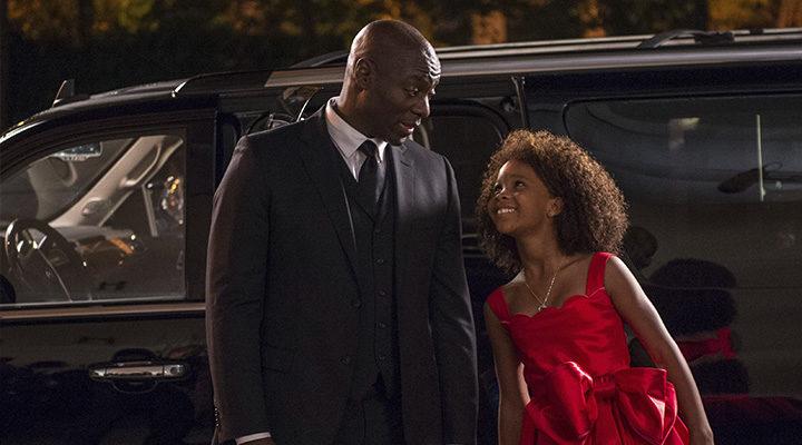 Quvenzhané Wallis y Adewale Akinnuoye-Agbaje trabajaron juntos en 'Annie'
