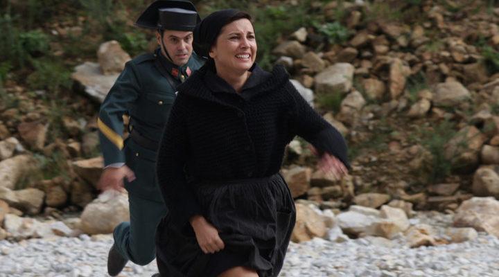 Marian Álvarez como Manuela