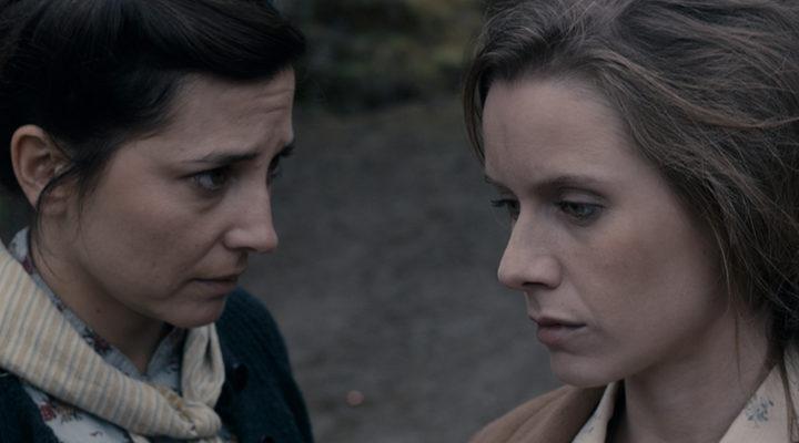 Manuela Vellés y Marian Álvarez en 'Lobos sucios'