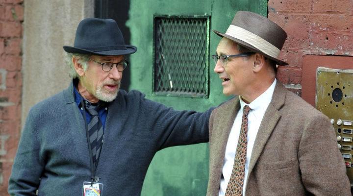 Mark Rylance y Steven Spielberg en el rodaje de 'El puente de los espías'