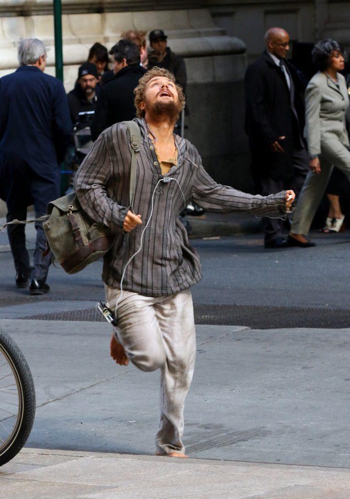 Finn Jones, el nuevo Daniel Rand de 'Iron Fist', rodando en Nueva York
