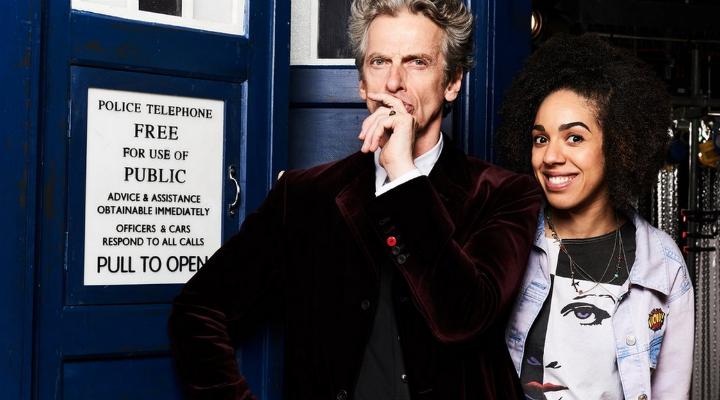 El Doctor y su nueva companion, Bill