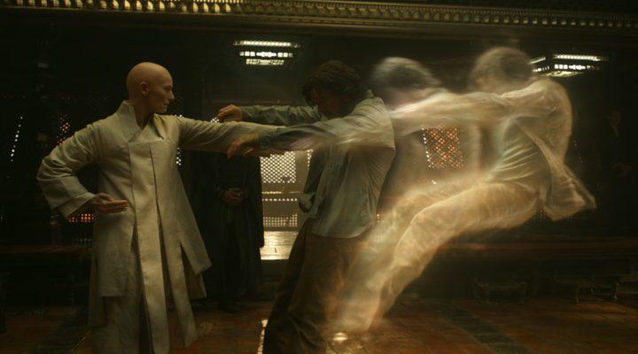 Tilda Swinton como el Anciano en 'Dr. Strange'