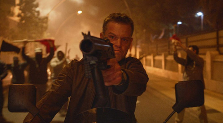 Matt Damon como Bourne
