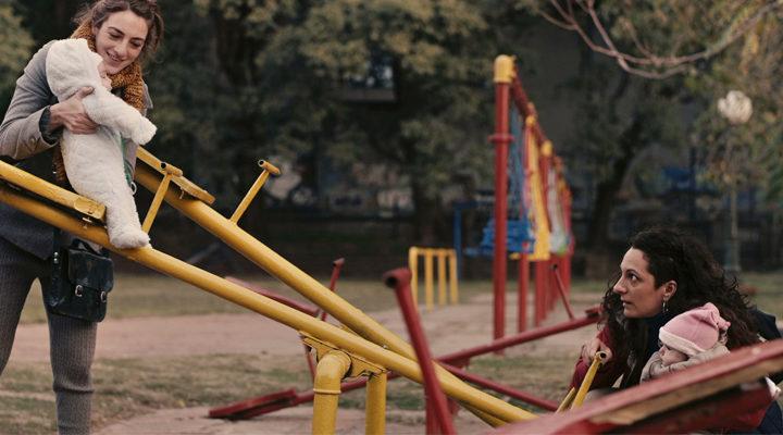 Crítica, 'Mi amiga del parque': De la frágil maternidad a la libertad del  ser - eCartelera