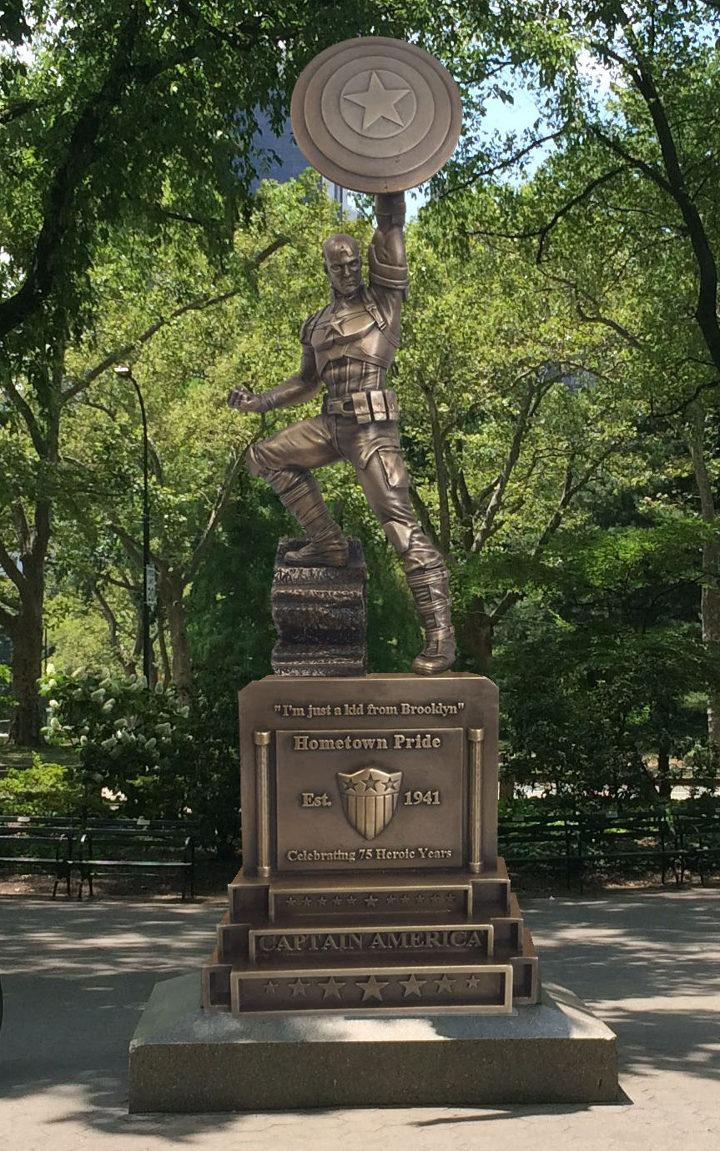 Estatua Capitán América