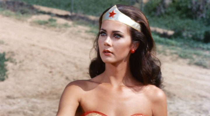 Lynda Carter como Wonder Woman