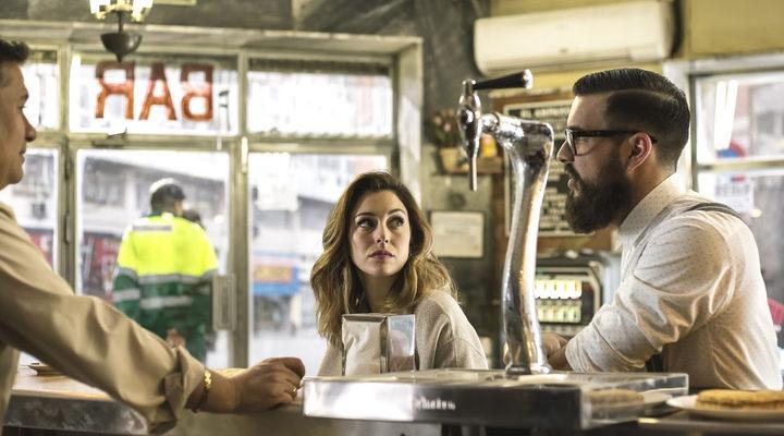 Blanca Suárez y Mario Casas en 'El bar'