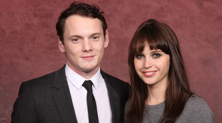 Felicity Jones y Anton Yelchin