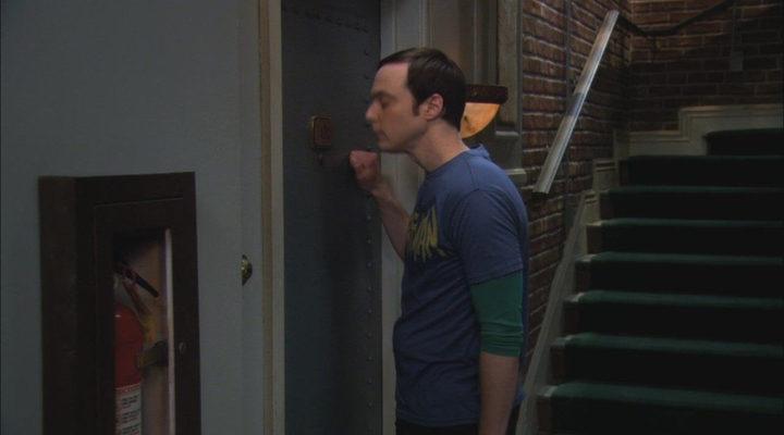 Sheldon Cooper llamando a Penny