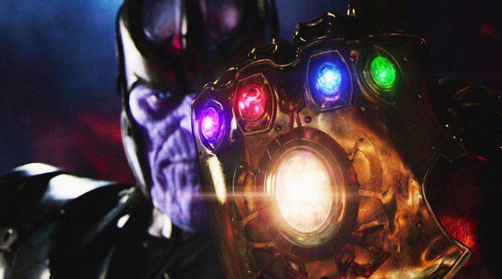 Thanos, el villano de 'Vengadores: Infinity War', con el guantelete del infinito