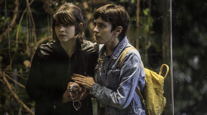 Verónica Echuegui y Alba Galocha en 'No culpes al karma de lo que te pasa por gilipollas