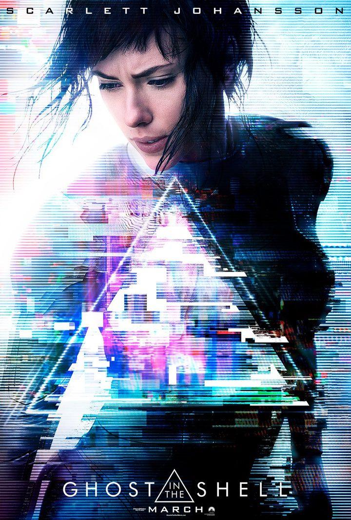 Cartel oficial con Scarlett Johansson como la Mayor Motoko Kusanagi en 'Ghost in the Shell'