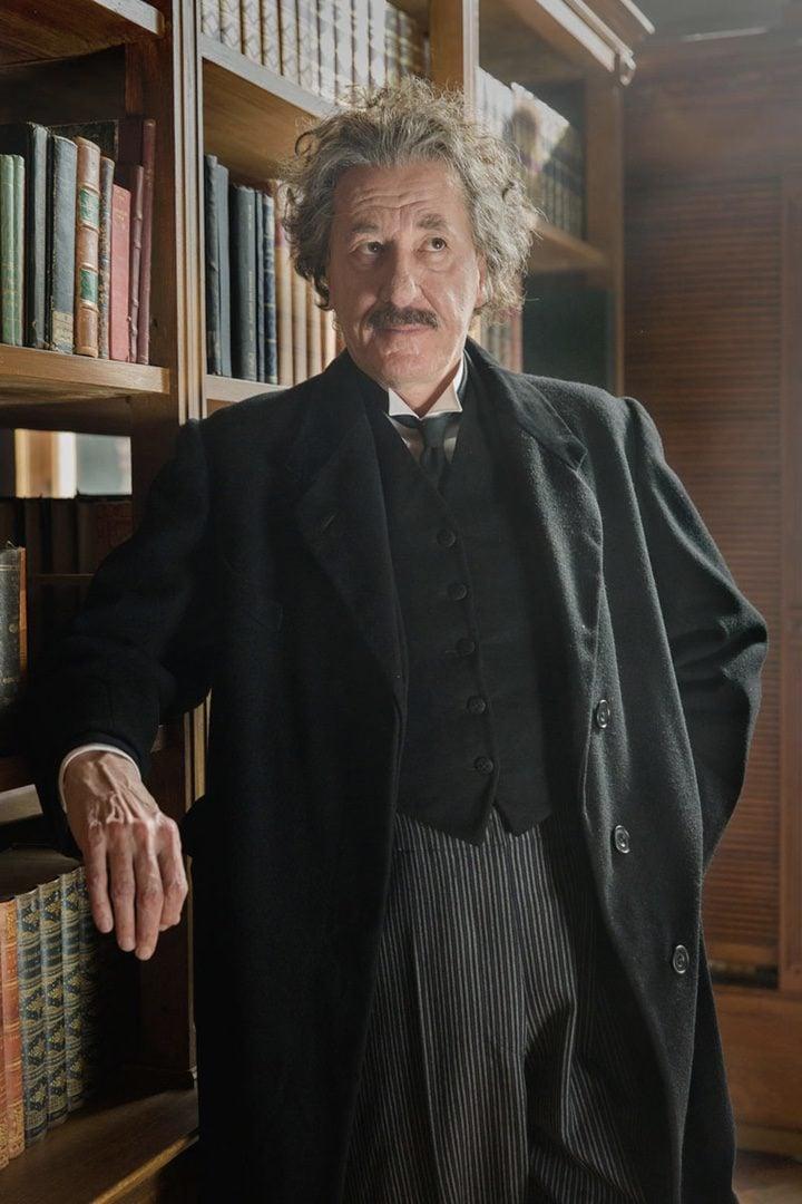 Geoffrey Rush será Albert Einstein en 'Genius'