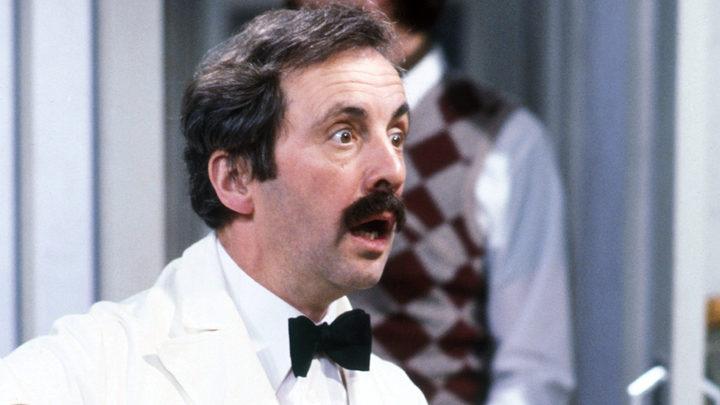 El camarero Manuel en 'Fawlty Towers'
