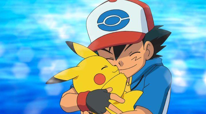 Ash Ketchum junto a Pikachu