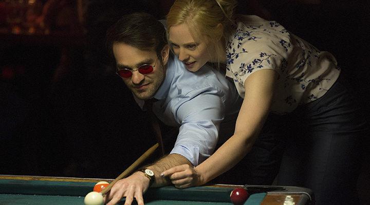 Charlie Cox y Deborah Ann Woll en 'Daredevil'