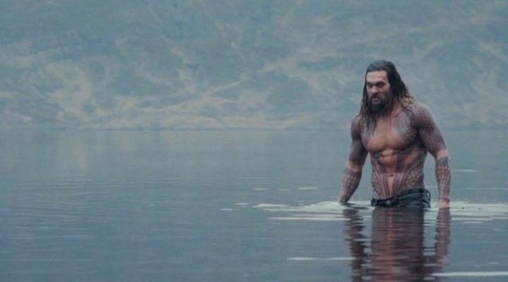 Jason Momoa como Aquaman en el set de rodaje de 'La Liga de la Justicia'