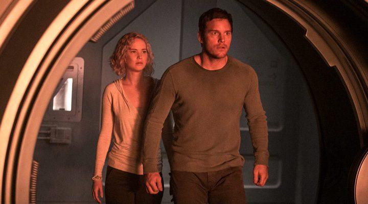 Chris Pratt y Jennifer Lawrence en 'Passengers'