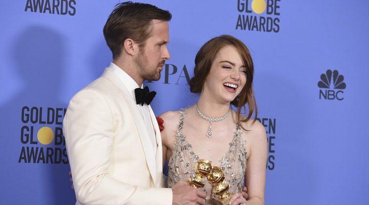 Ryan Gosling y Emma Stone en los Globos de Oro 2017