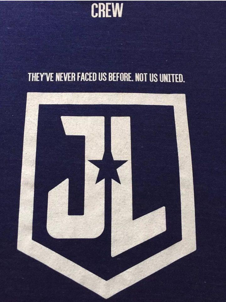 Camiseta con el posible eslogan de 'La Liga de la Justicia'