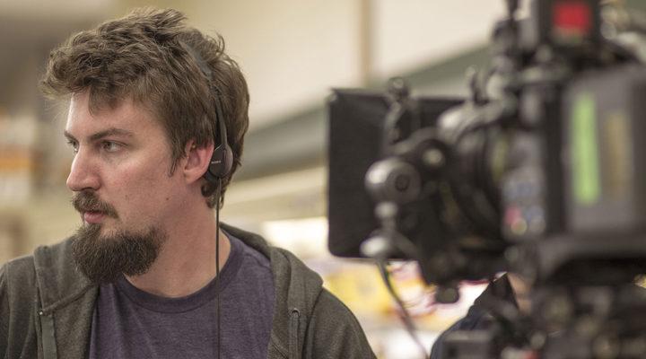 Adam Wigard en el set de rodaje