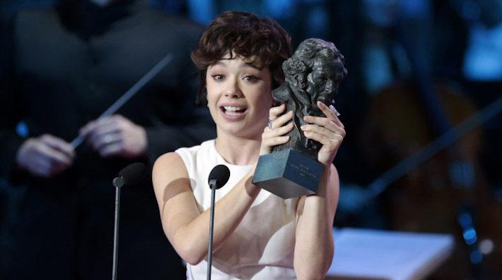 Anna Castillo con su premio