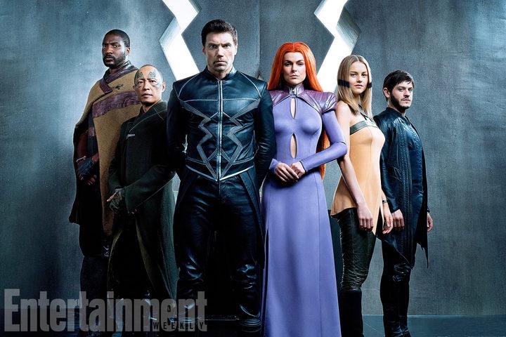 La foto de Entertainment Weekly del reparto de la serie