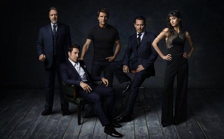 Javier Bardem y Johnny Depp ya posan como parte del equipo de monstruos de Universal