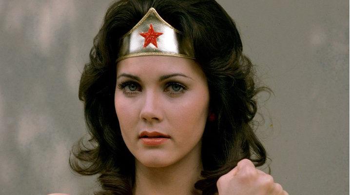 Lynda Carter como Wonder Woman