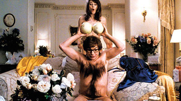 Mike Myers y Elizabeth Hurley en 'Austin Powers'