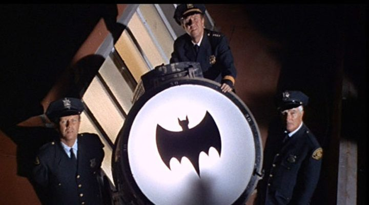 La batseñal en la serie de 1966 'Batman'