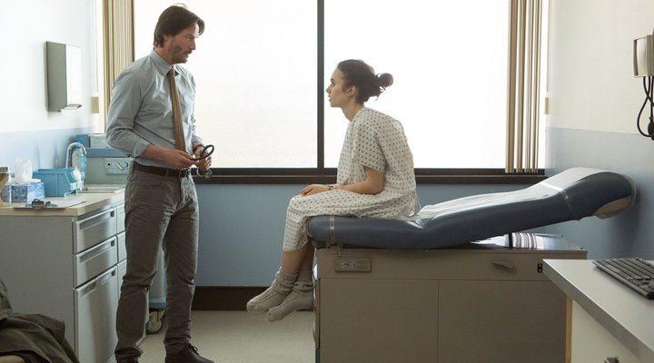 Lily Collins y Keanu Reeves en 'Hasta los huesos'
