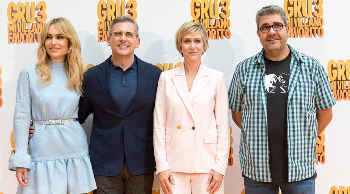 Patricia Conde, Steve Carell, Kriten Wiig y Florentino Fernández