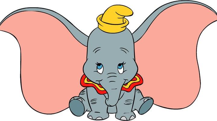 Dumbo siendo adorable