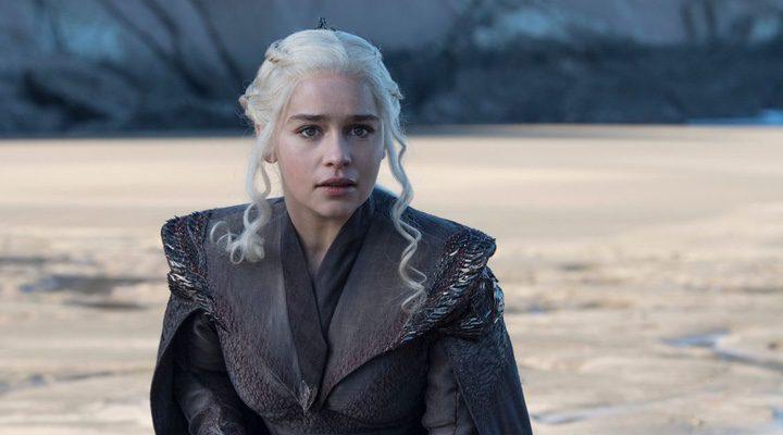 Emilia Clarke haciendo de Daenerys Targaryen en 'Juego de Tronos'
