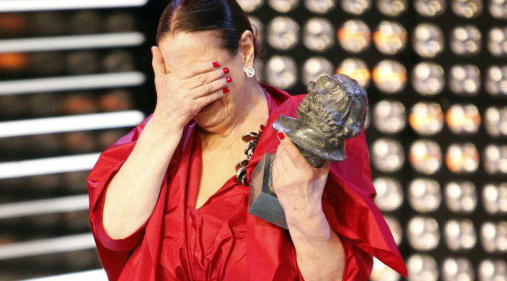 Terele Pávez recogiendo su Goya en 2014 por 'Las brujas de Zugarramurdi'
